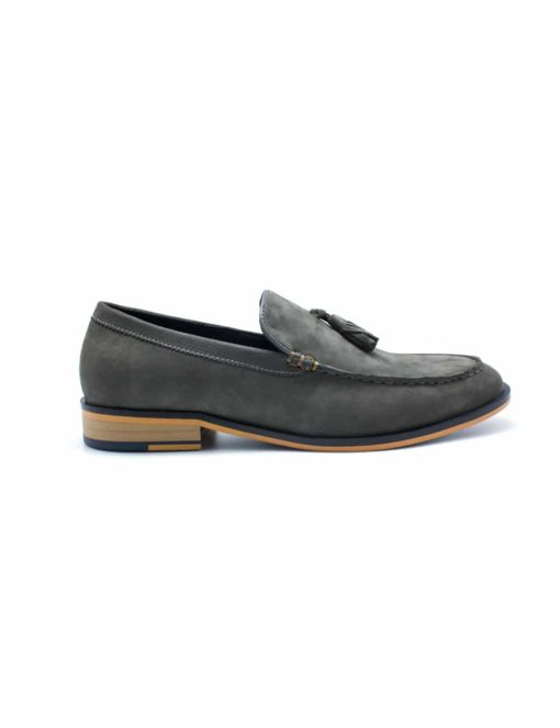 Grey Leather Tassel Loafers F11D2.4
