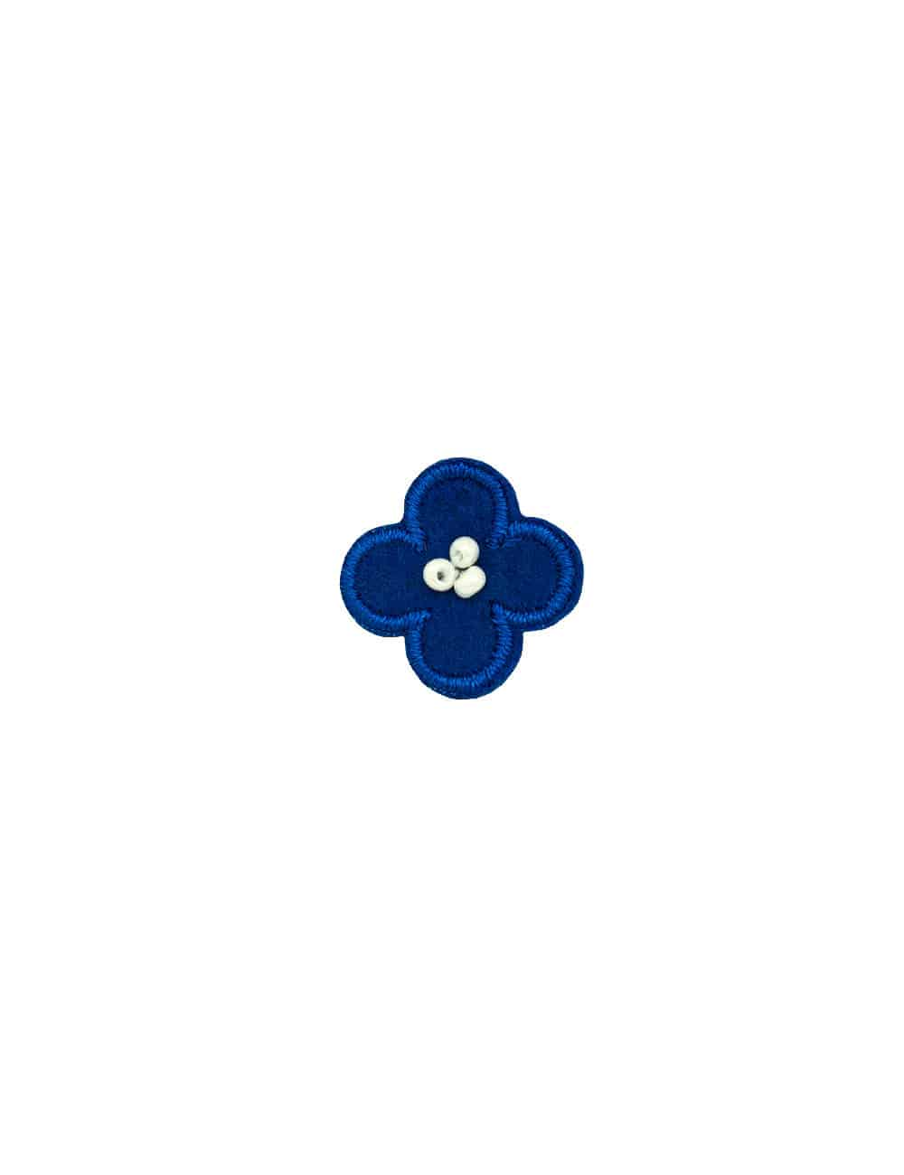 Blue with White Floral Lapel Pin LP7.10