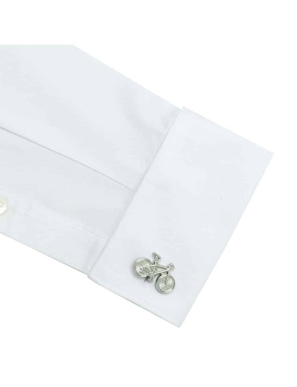 Slim Fit 100% Premium Cotton Solid White Wing Tip Collar Double Cuff Tuxedo Shirt with Hidden Buttons and Long Lasting White Finishing SF32DT1.NOS
